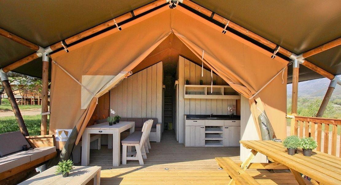 Outstanding Tent